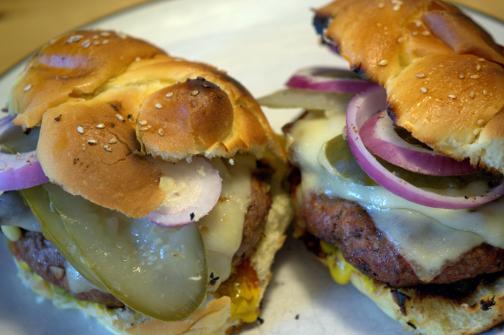 Plaidoyer pour des boulettes à hamburger maison! (Recette simple)