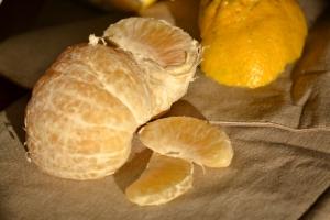 Ugli Fruit épluché